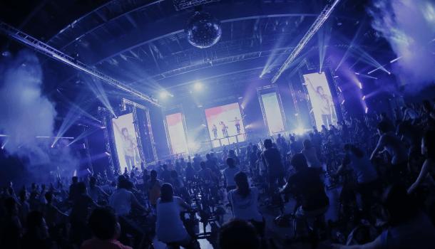 日本最大級の暗闇バイクフェスを定期的に開催